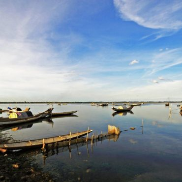 Tam Giang Lagoon and Fishing Village
